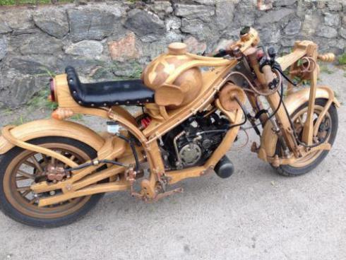 Мир с мотоциклом для мотолюбителей